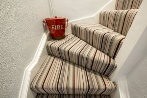 stripe-carpet-installed-on-stairs-by-beckenham-carpets (5)